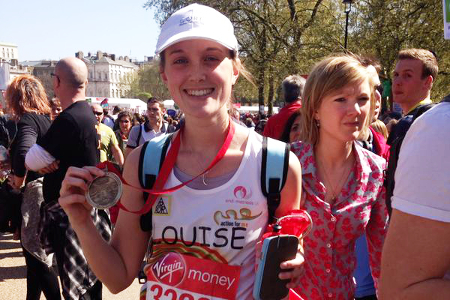 Endometriosis UK fundraiser Louise Gibbons completes the London Marathon 2014