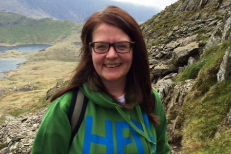 Deborah Hayes climbs Mount Snowdon for Endometriosis UK